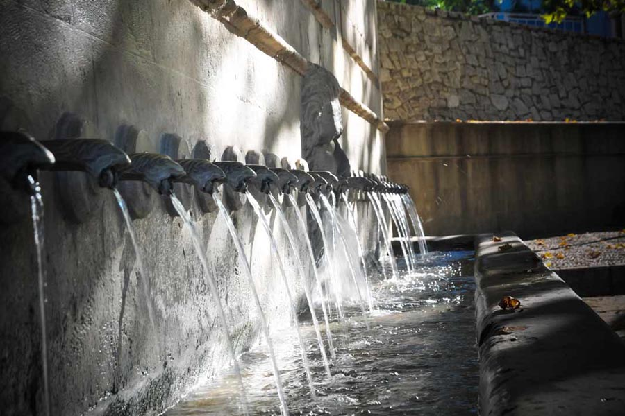 One-day trip to Xàtiva from Valencia during your holidays: a route to discover its fountains.